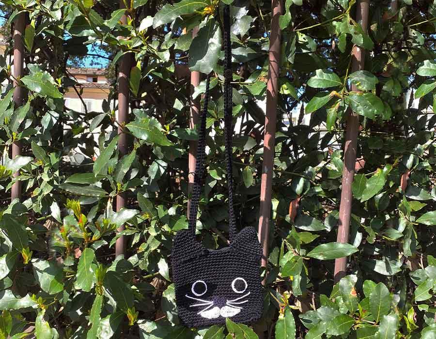 Una borsa in 3 a forma di gatto: tracolla, marsupio, pochette!